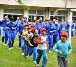 Evacuation drills for schoolchildren in Kamaishi